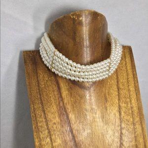 Jewelry - Pearl multi strand choker chain gold adjustable